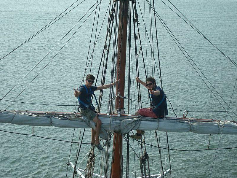 In der Takelage vom Segelschiff