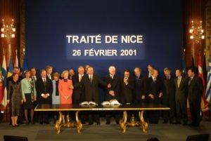 2000 wurde der Vertrag von Nizza unterzeichnet.