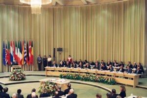 Grundstein der EU - der Vertrag von Maastricht