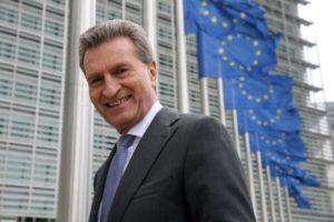 Oettinger ist als Kommissar zuständig für den EU-Haushalt