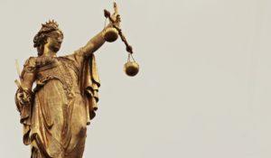 Wie sieht Jusititia das Recht?